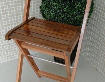 03 Banqueta de madeira - Estilo Boteco