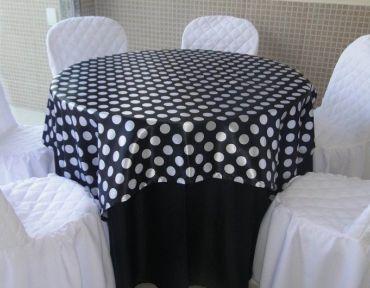 Redonda Preta com cetim bola preto e branco
