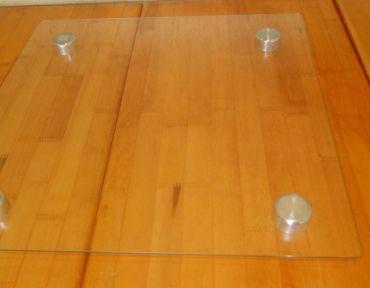 1-Bandeja de vidro quadrada 35/40 cm.