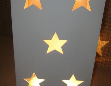 Base estrela com iluminação.