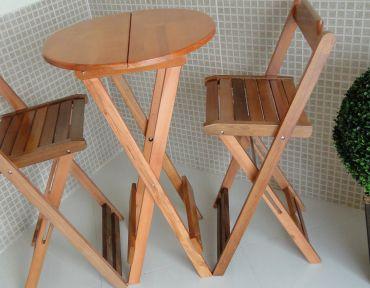 04 Conjunto de mesa bistrô com DUAS banquetas, estilo boteco.