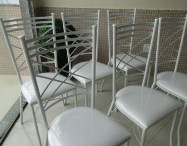Amostra de cadeiras de ferro modelo Bahia Luxo.