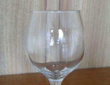 5-Taça de vinho branco