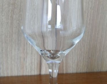 6-Taça de vinho tinto